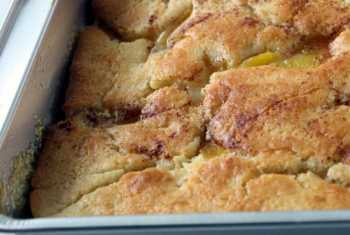 Southern Style Peach Cobbler